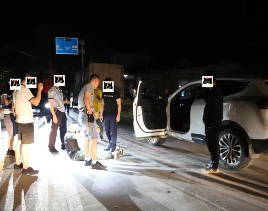 8月9日焦点图:广西警方破获一起特大运输毒品案