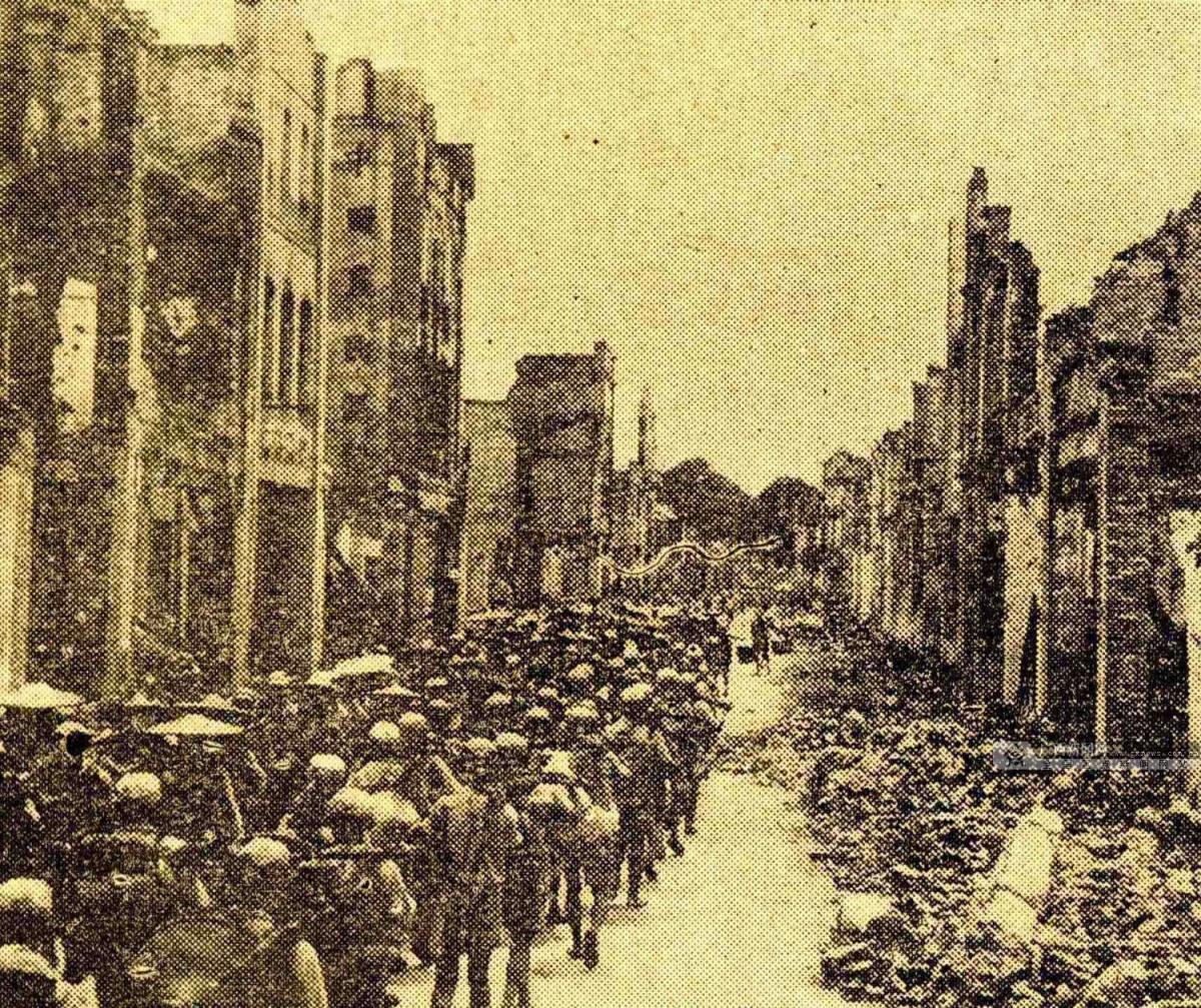图为1945年8月,中国军队在桂林、柳州展开反攻作战。(广西壮族自治区档案馆供图)