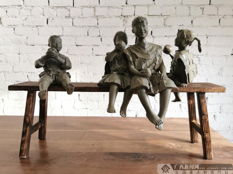 雕塑《一个都不能少》