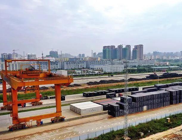 推动大交通 南宁国际铁路港加快推进二期工程建设