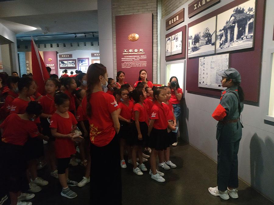 中国红军第八军革命纪念馆红领巾讲解员志愿者服务项目