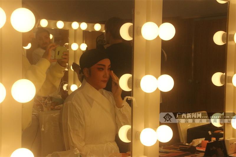 青春版越劇《洗心記》亮相中國—東盟(南寧)戲劇周