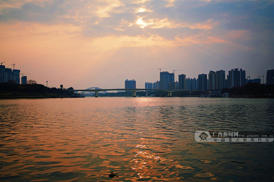 高清图集:夕阳无限好!来邕江边看一场落日黄昏