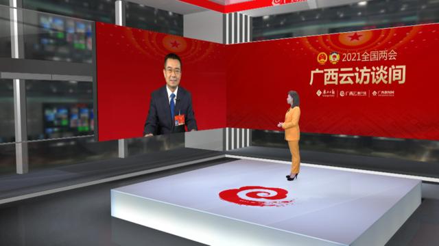 """访崇左市市长何良军代表:强化""""软硬联通"""" 做足""""边""""的文章"""