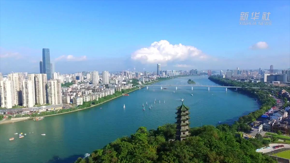 柳州,一座山水与工业交相辉映的城市