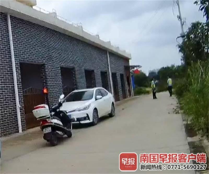 ▲民警找到逃跑的嫌疑车辆。交警供图