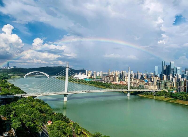 南寧:雨后景如畫